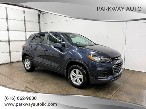 2019 Chevrolet Trax for sale at PARKWAY AUTO in Hudsonville MI
