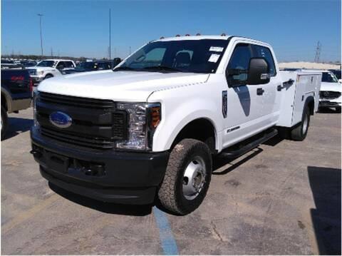 2019 Ford F-350 Super Duty for sale at CENTURY TRUCKS & VANS in Grand Prairie TX