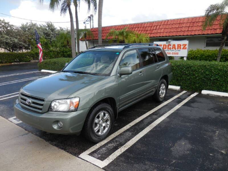 2006 Toyota Highlander for sale at Uzdcarz Inc. in Pompano Beach FL