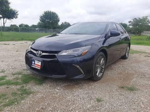 2016 Toyota Camry for sale at LA PULGA DE AUTOS in Dallas TX
