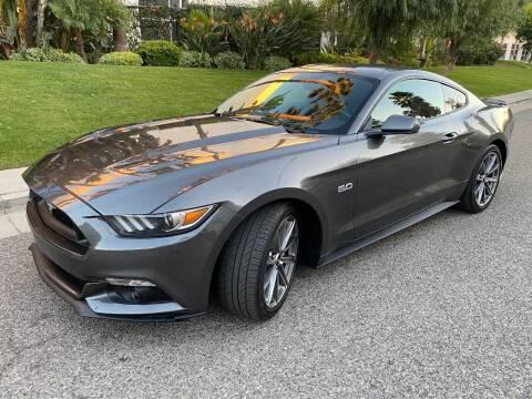 2015 Ford Mustang for sale at Donada  Group Inc in Arleta CA