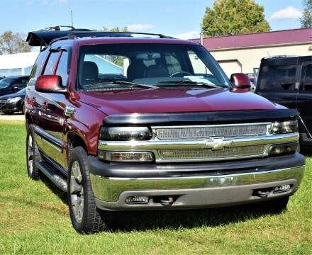 2001 Chevrolet Tahoe for sale at PINNACLE ROAD AUTOMOTIVE LLC in Moraine OH