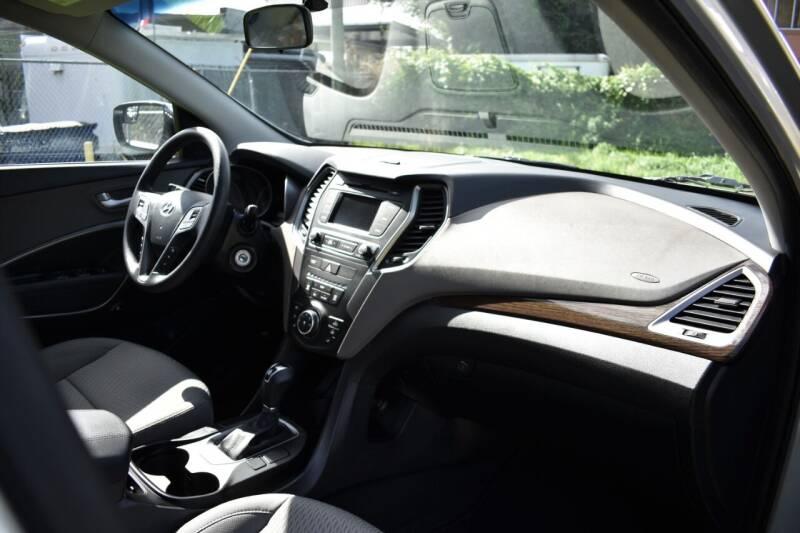 2018 Hyundai Santa Fe Sport AWD 2.4L 4dr SUV - Miami FL