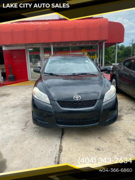 2009 Toyota Matrix for sale at LAKE CITY AUTO SALES in Forest Park GA