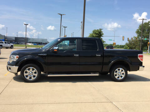 2014 Ford F-150 for sale at LANDMARK OF TAYLORVILLE in Taylorville IL