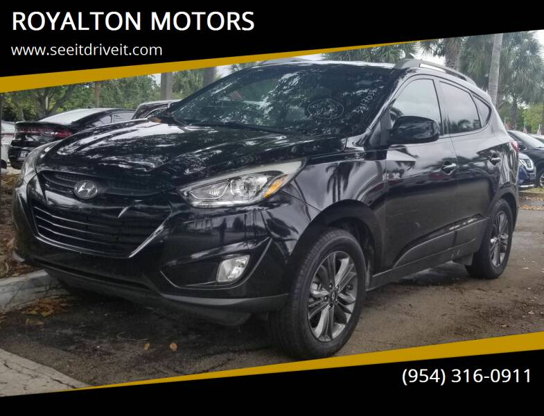 2015 Hyundai Tucson for sale at ROYALTON MOTORS in Plantation FL