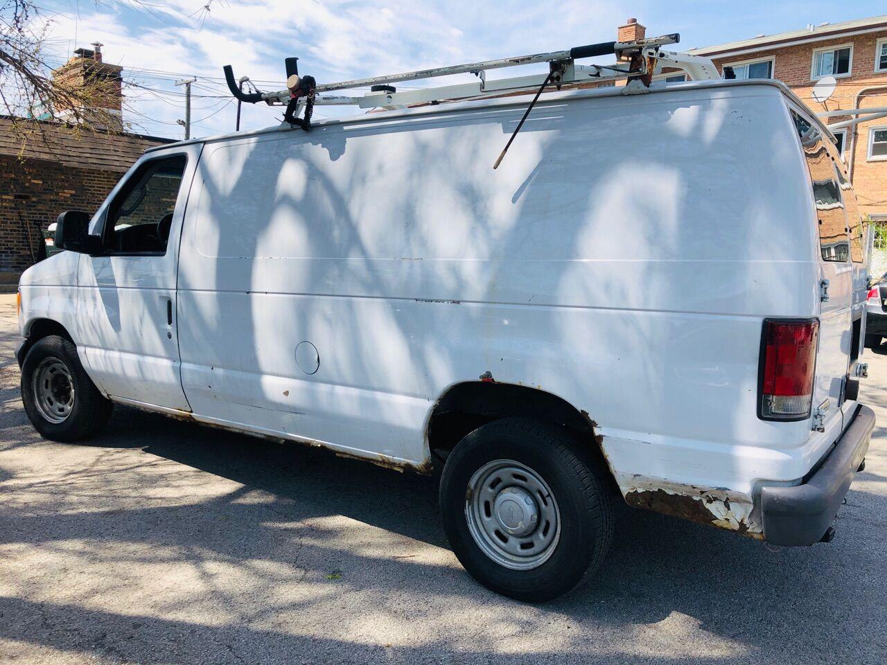 White 2006 FORD E-SERIES CARGO for sale in Bridgeview, IL Photo 6