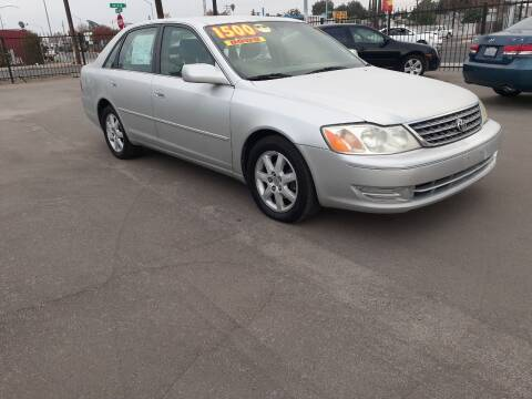 2003 Toyota Avalon for sale at COMMUNITY AUTO in Fresno CA