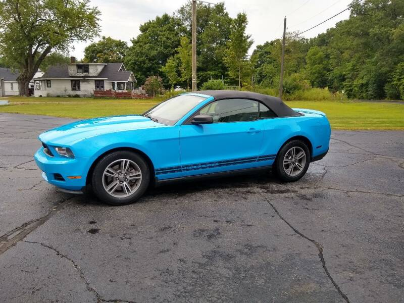 2012 Ford Mustang for sale at Depue Auto Sales Inc in Paw Paw MI