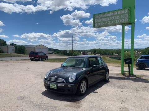 2006 MINI Cooper for sale at Independent Auto in Belle Fourche SD