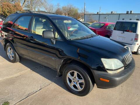 2002 Lexus RX 300 for sale at Texas Select Autos LLC in Mckinney TX