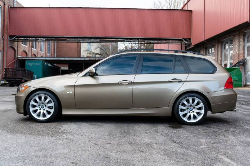 2006 BMW 3 Series AWD 325xi 4dr Wagon - Saint Charles MO