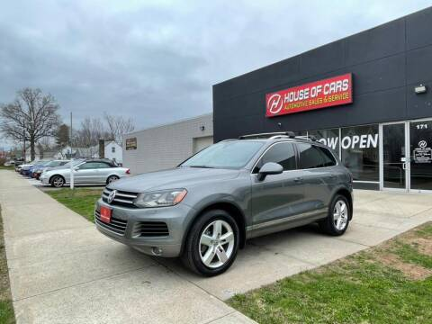 2013 Volkswagen Touareg for sale at HOUSE OF CARS CT in Meriden CT