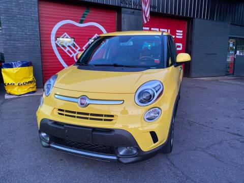 2014 FIAT 500L for sale at Apple Auto Sales Inc in Camillus NY