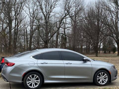 2015 Chrysler 200 for sale at RAYBURN MOTORS in Murray KY