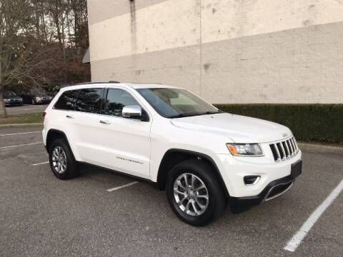 2016 Jeep Grand Cherokee for sale at Select Auto in Smithtown NY