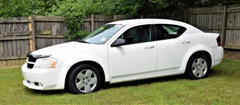 2008 Dodge Avenger for sale at PINNACLE ROAD AUTOMOTIVE LLC in Moraine OH