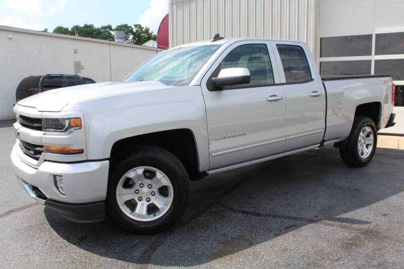 2017 Chevrolet Silverado 1500 for sale at Platinum Motors LLC in Reynoldsburg OH