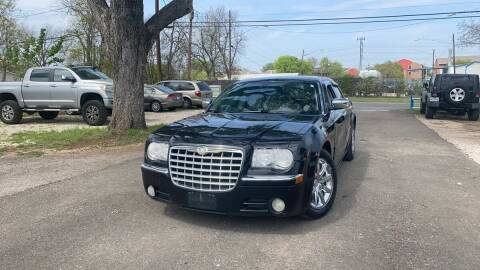 2007 Chrysler 300 for sale at Memphis Finest Auto, LLC in Memphis TN