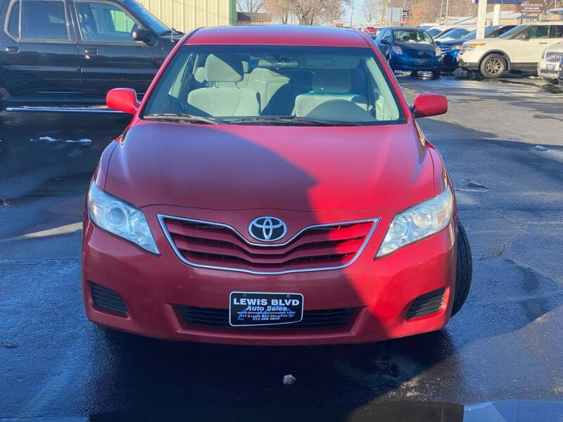 2011 Toyota Camry for sale at Lewis Blvd Auto Sales in Sioux City IA
