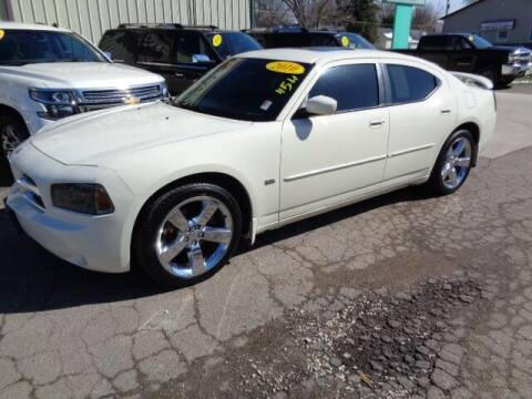 2010 Dodge Charger for sale at De Anda Auto Sales in Storm Lake IA