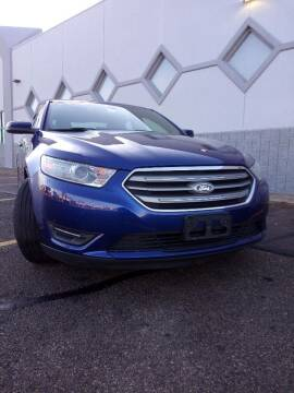2014 Ford Taurus for sale at Double Take Auto Sales LLC in Dayton OH