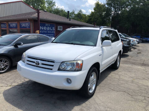 2005 Toyota Highlander for sale at Neals Auto Sales in Louisville KY