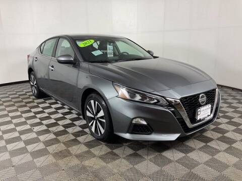 2021 Nissan Altima for sale at Virtue Motors in Darlington WI