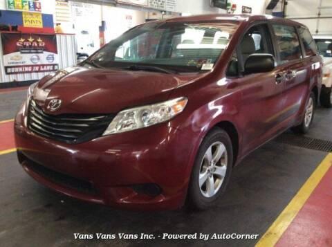 2015 Toyota Sienna for sale at Vans Vans Vans INC in Blauvelt NY