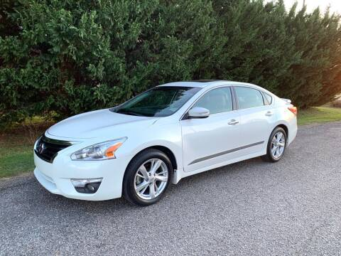 2014 Nissan Altima for sale at 268 Auto Sales in Dobson NC