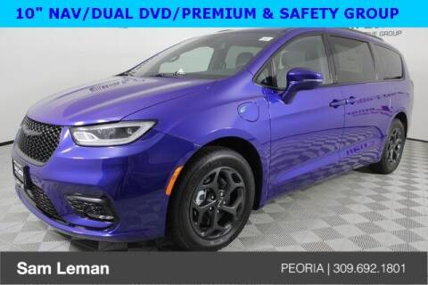 2021 Chrysler Pacifica Hybrid for sale at Sam Leman Chrysler Jeep Dodge of Peoria in Peoria IL