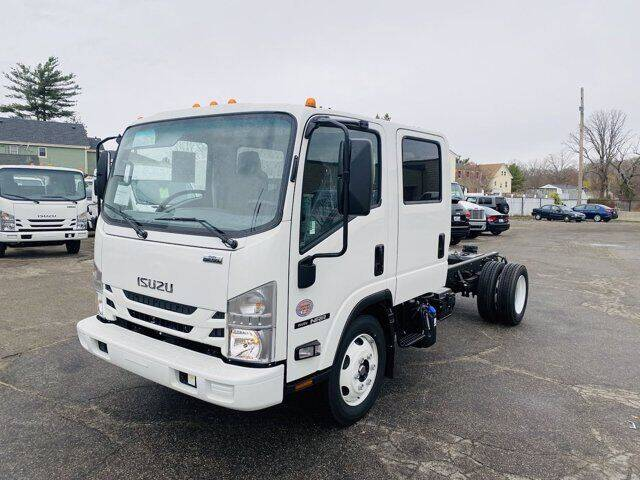 2022 Isuzu NRR for sale in East Providence, RI