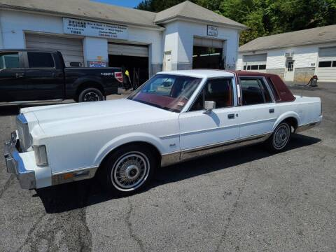 1986 Lincoln Town Car for sale at Driven Motors in Staunton VA