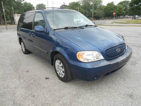 2005 Kia Sedona for sale at Car Credit Auto Sales in Terre Haute IN