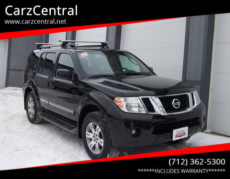 2012 Nissan Pathfinder for sale at CarzCentral in Estherville IA