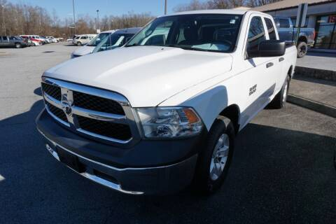 2015 RAM Ram Pickup 1500 for sale at Modern Motors - Thomasville INC in Thomasville NC
