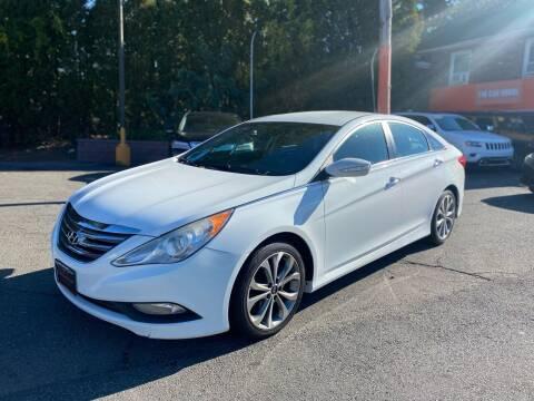 2014 Hyundai Sonata for sale at The Car House in Butler NJ