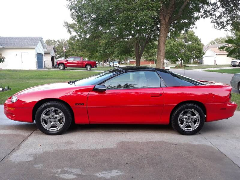 1998 Chevrolet Camaro for sale at Midwest Classic Car in Belle Plaine MN