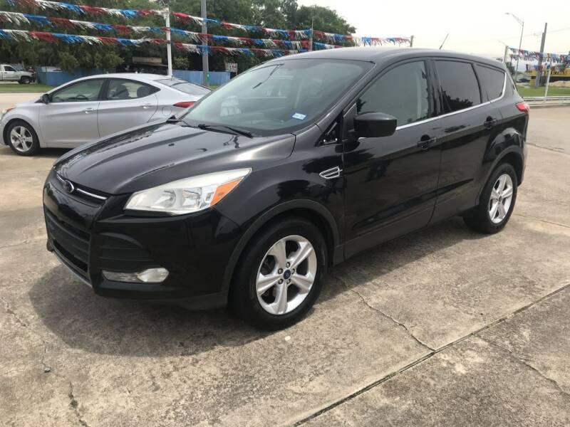 2015 Ford Escape for sale at AMERICAN AUTO COMPANY in Beaumont TX