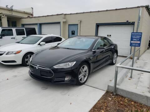 2013 Tesla Model S for sale at D&C Motor Company LLC in Merriam KS