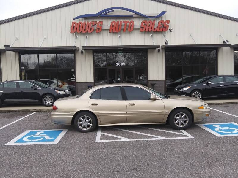 2005 Buick LeSabre for sale at DOUG'S AUTO SALES INC in Pleasant View TN