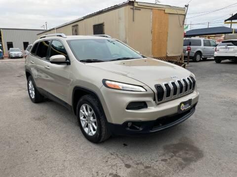 2015 Jeep Cherokee for sale at Midtown Motor Company in San Antonio TX