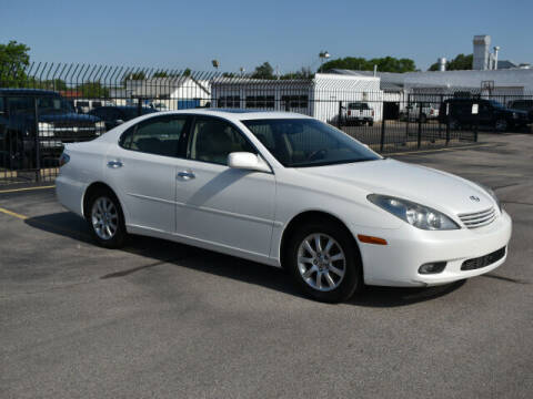 2002 Lexus ES 300 for sale at Credit King Auto Sales in Wichita KS