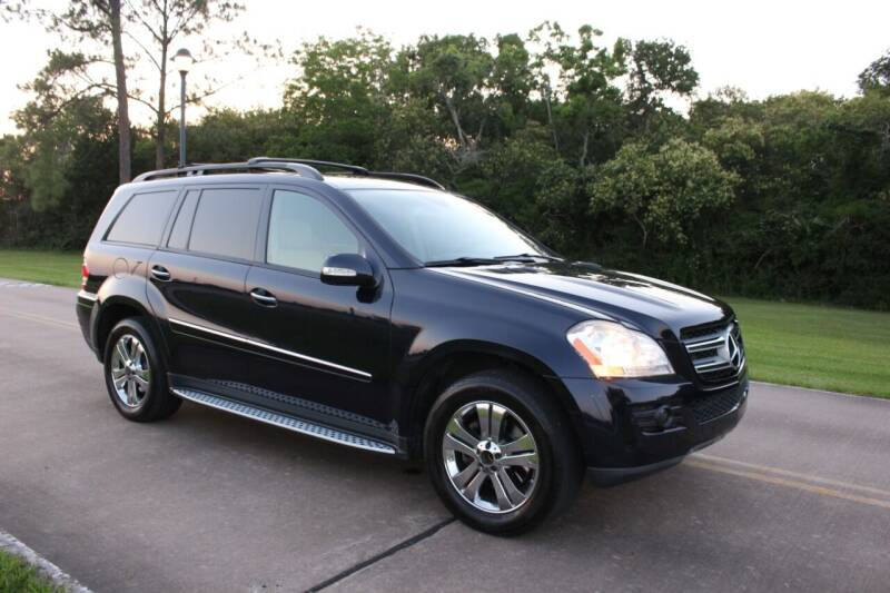 2007 Mercedes-Benz GL-Class for sale at Clear Lake Auto World in League City TX