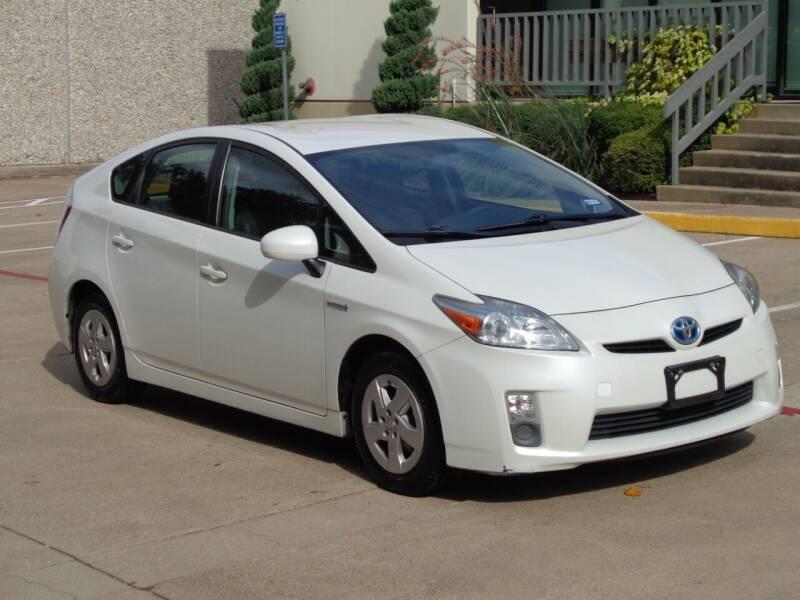 2013 Toyota Prius for sale at Auto Starlight in Dallas TX