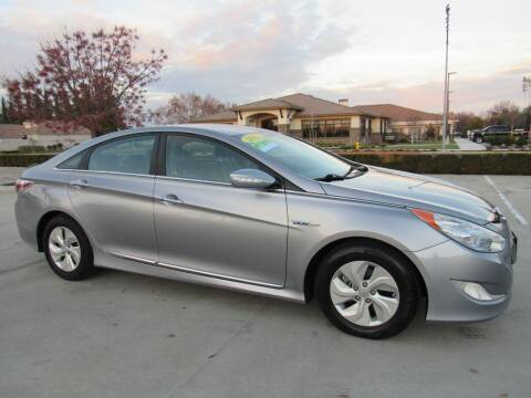 2015 Hyundai Sonata Hybrid for sale at 2Win Auto Sales Inc in Oakdale CA