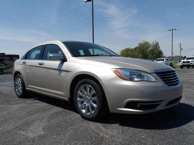 2014 Chrysler 200 for sale at TAPP MOTORS INC in Owensboro KY