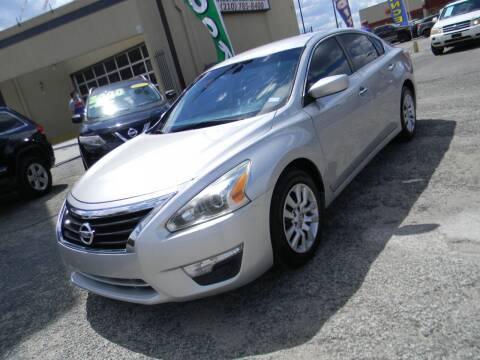 2013 Nissan Altima for sale at Meridian Auto Sales in San Antonio TX