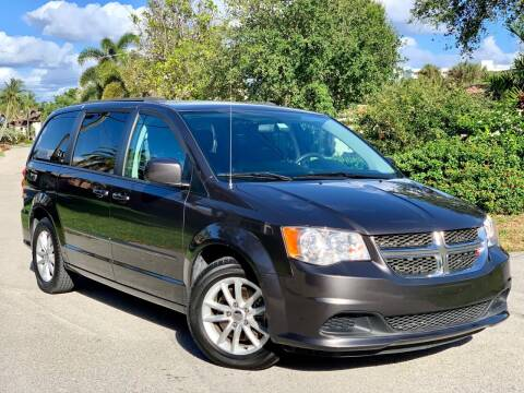 2015 Dodge Grand Caravan for sale at Citywide Auto Group LLC in Pompano Beach FL