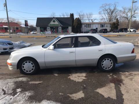 1996 Lexus LS 400 for sale at GLOBAL AUTOMOTIVE in Gages Lake IL